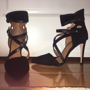 Black suede pump