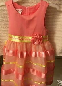 Other - TODDLER DRESS WITH MATCHING HAT.