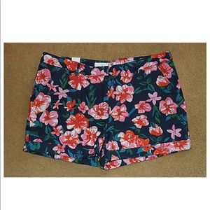 Floral Navy Cuffed Summer Vacay Shorts 12