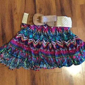 Rue 21 skirt size Medium. Comes with cute belt.