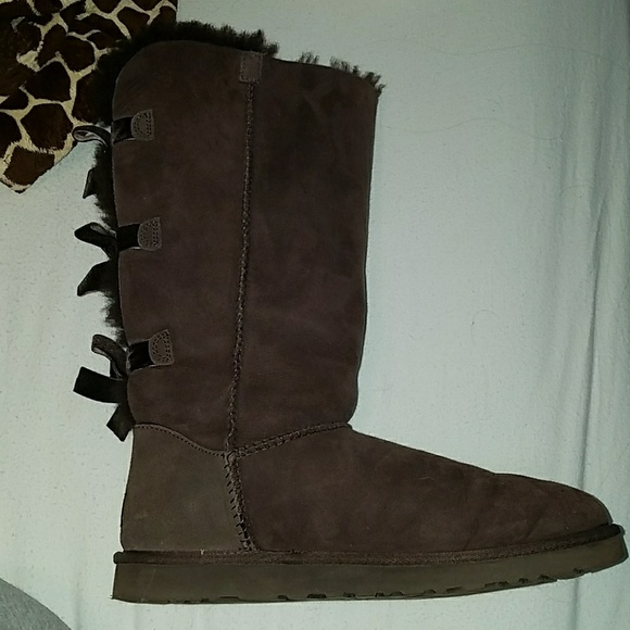 c11bfcaaf37 Tall Dark Brown Uggs with bows