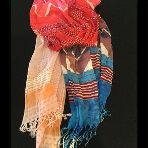 Accessories - Ombré Scarf - Red/White/Blue