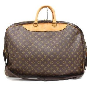 5cceee79feeb Louis Vuitton Bags - Louis Vuitton Travel Alize 2 Pouches