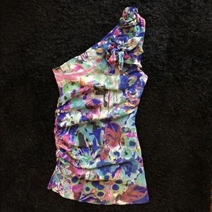 Sweet Pea one shoulder fitted top S/Small