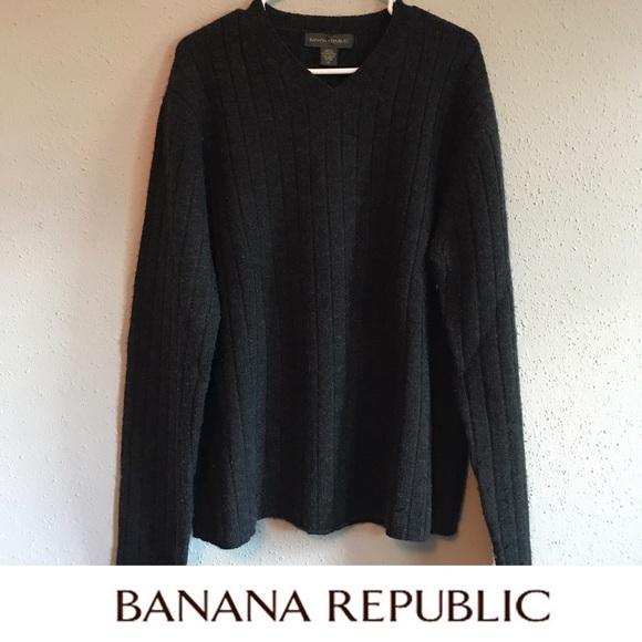 Banana Republic Tops - Banana Republic gray sweatshirt 🍌