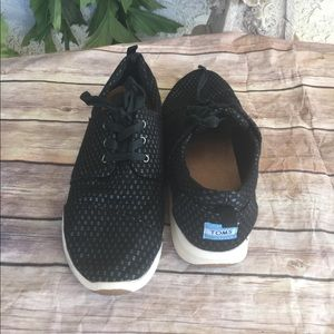 Toms sneakers size 11 black