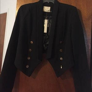 Women's black cropped blazer new with tags
