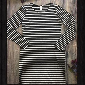H&M Basic tshirt dress long sleeve striped siz Med