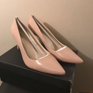 New With Box Shoemint Sawyer Nude Pumps