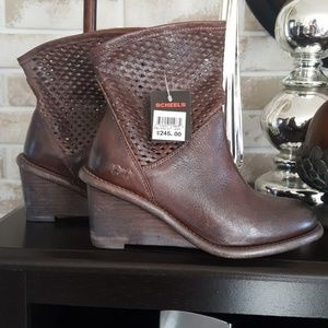 Bed-Stu Boots