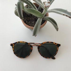 {urban outfitters} sunglasses modern minimalist