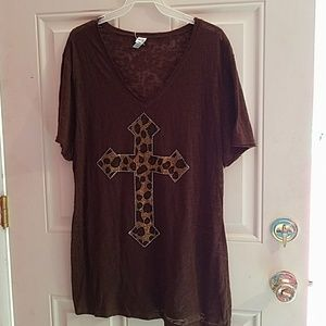 Tops - New cute  burnout Bling Leopard Cross Top