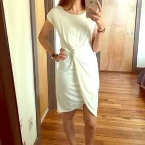 HALSTON HERITAGE White fitted knot dress size s