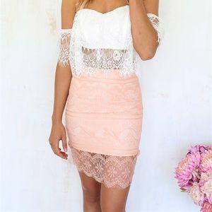 NWOT Sabo Skirt Apricot Lace Skirt XS