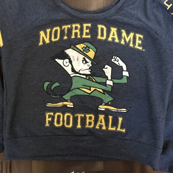 9cdc9e6be2982a Forever 21 Tops - Notre Dame crop top sweater
