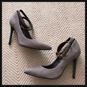 NEW Pour La Victoire Turner Grey Ankle Strap Pumps