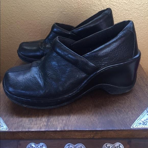 Great Northwest Clothing Co. Women's Black Slip on Flats Size 6M