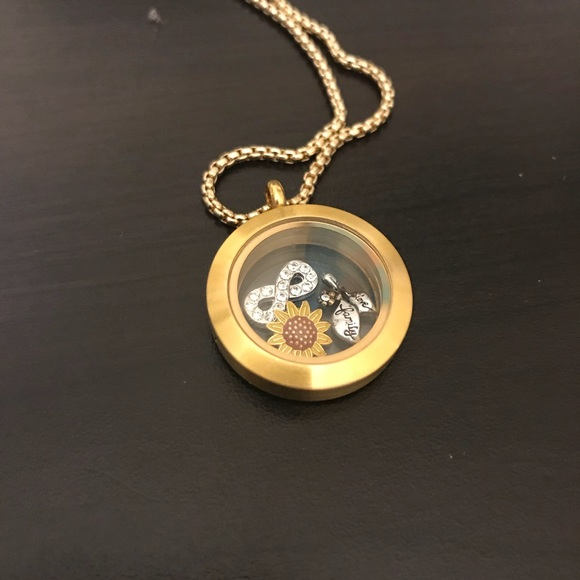 Origami Owl - Sure love the black lockets! (With images) | Origami ... | 580x580