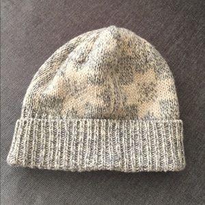 f87f4571996 J. Crew Accessories - J. Crew Men s Knit Stocking Hat Grey and Cream