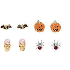 ⚡️3 For $15⚡️H&M Piece Halloween Earrings Set