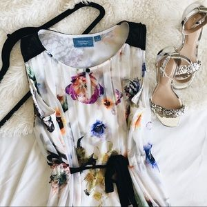 Simply Vera • Floral Chiffon Dress