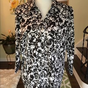 212 Collection shirt size extra large.