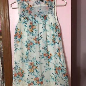 Dresses & Skirts - Summer dress size XS
