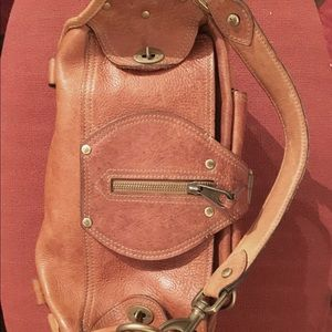 ... new zealand mulberry bags auth. mulberry emmy shoulder bag in oak  leather e0643 877cc ... 6e16bdaf18c88