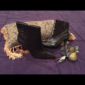Brown Unlisted Boots