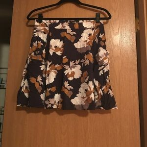 Old Navy: Floral Skirt with Pockets