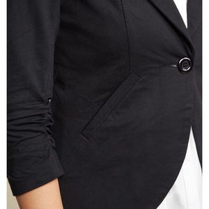 Fine and Sandy Blazer in Noir from Modcloth