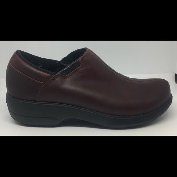 10109d9539 CROCS Shoes   Womens Nursing Professional Work Clogs Sz 7   Poshmark