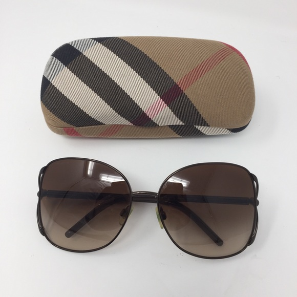 26b585598c9a1 Burberry Accessories - BURBERRY OVERSIZED 60MM SUNGLASSES