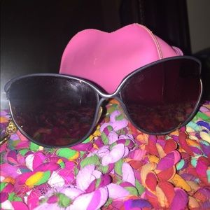 Wire framed sunglasses with leopard details