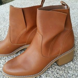Mossimo Brand Boots Size 8
