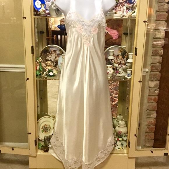 Sara Beth Intimates & Sleepwear | Vintage Long White Satin Lace Gown ...