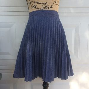 Dresses & Skirts - Pleated skirt