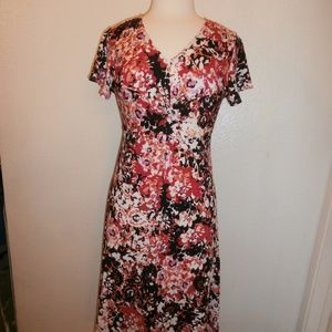NY COLLECTION Reds Floral Size Petite Medium NWT