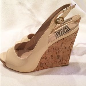 New Pour LaVictorie Wedge Nude Sandals Size 6.5
