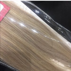 Accessories - Blonde long human hair extensions Clipin Remy new