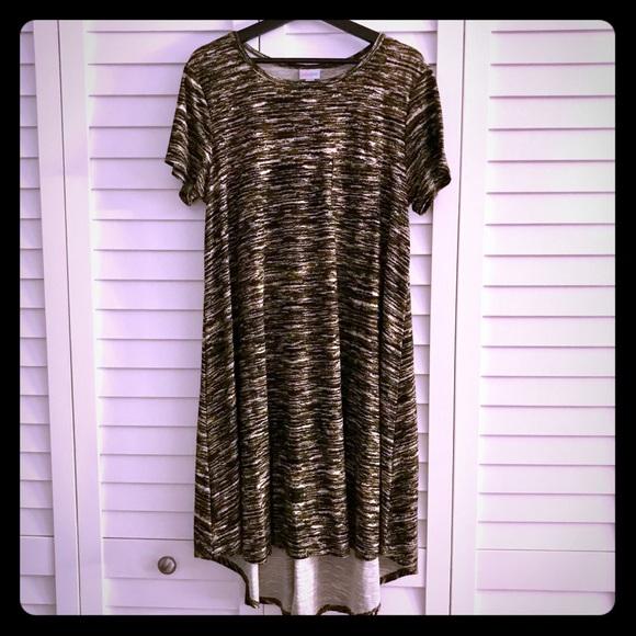 cb8db36df4b76 LuLaRoe Dresses   Skirts - Like New LuLaRoe Carly Dress