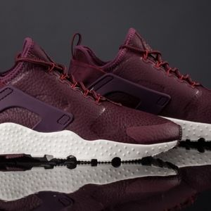 official photos 6a191 4975d discount nike huarache ultra burgundy lipstick 4799d a3b64