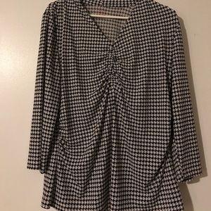 Size M 212 Collection black & white shirt.