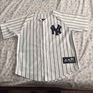 Other - Nice little boys or girls NY Genuine Jersey Sz 7