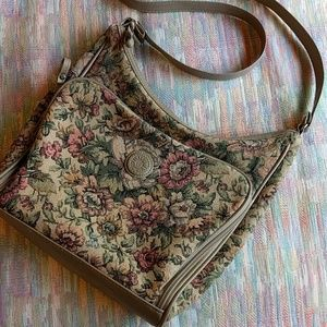 Vintage 90s tapestry fabric floral purse