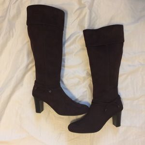 Faux Suede Boots By Predictions, 7 1/2 Wide