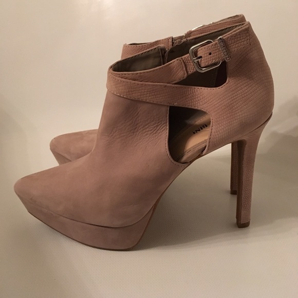 2bf755ef5 Gianni Bini Shoes - Platform Nude Ankle Booties Stiletto Heeled Boots