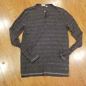 Gray vans shirt