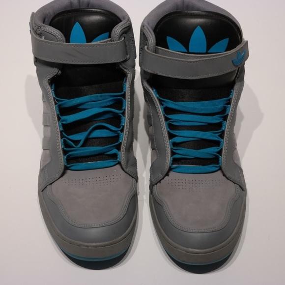 Le adidas originali ar 30 scarpe da ginnastica alte poshmark