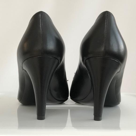 CHANEL Shoes - Chanel Camelia Flower Black Pumps
